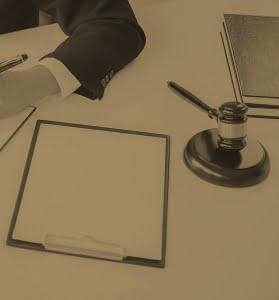 وکیل پایه یک دادگستری